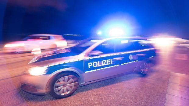 Polizei_dunkel_Blaulicht
