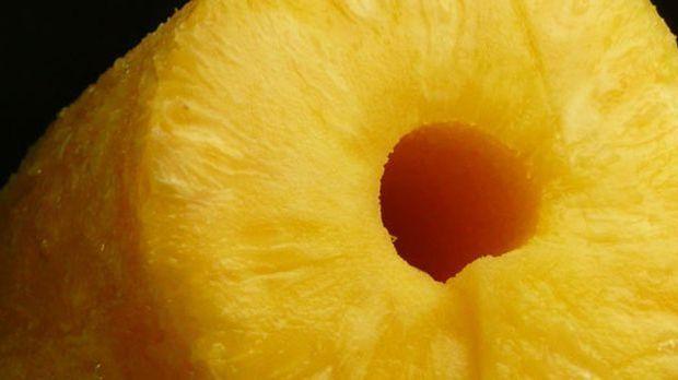 Die Ananas im Waldorfsalat sorgt für die frische fruchtige Note.