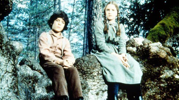 Laura (Melissa Gilbert, r.) und Albert (Matthew Laborteaux, l.) hören ihrem k...