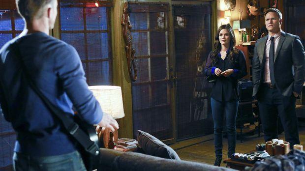 Als Zoe (Rachel Bilson, M.) sich mal wieder in Wades (Wilson Bethel, l.) Ange...