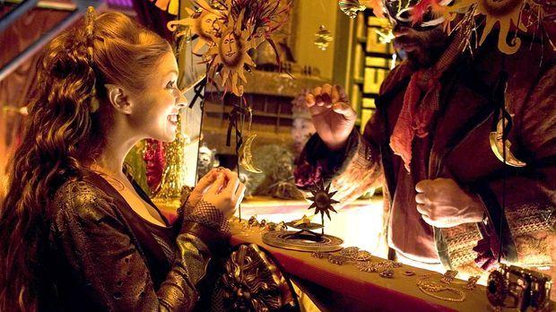 Auf Seefra-2 findet Trance (Laura Bertram) Gefallen an einem Zirkus und versu...