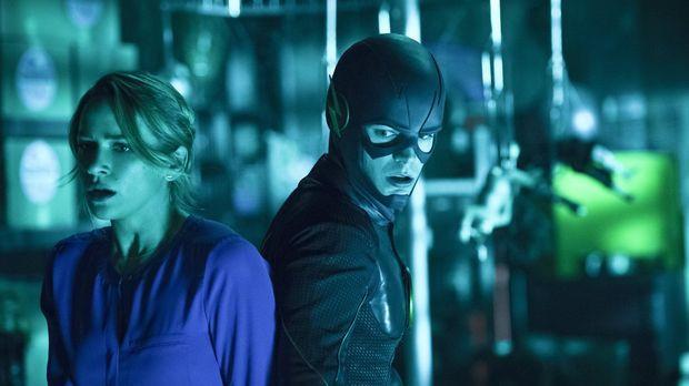 Als Barry (Grant Gustin, r.) bewusst wird, dass er für Patty (Shantel VanSant...