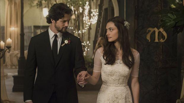 Wird die Verbindung zwischen Hayley (Phoebe Tonkin, r.) und Jackson (Nathan P...