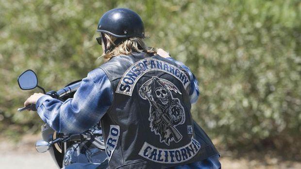 Der Motorradclub der Sons of Anarchy führt nach außen eine legale Werkstatt....