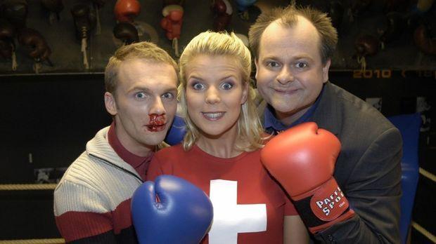 Mirja (M.) konnte die beiden Kampfhähne Ralf (l.) und Markus (r.) erfolgreich...