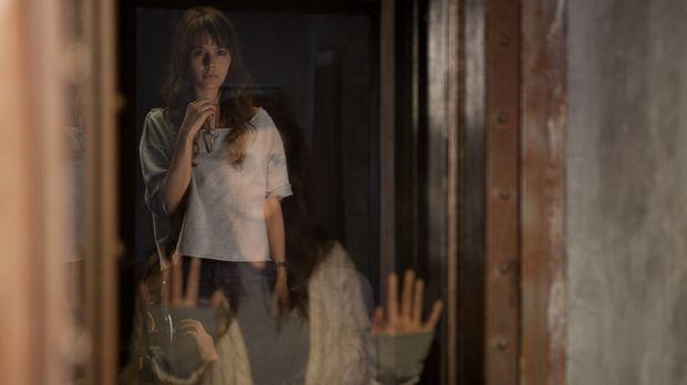 Kann Fabiana (Martina García, hinten) das Geheimnis um den Schlüssel lösen un...