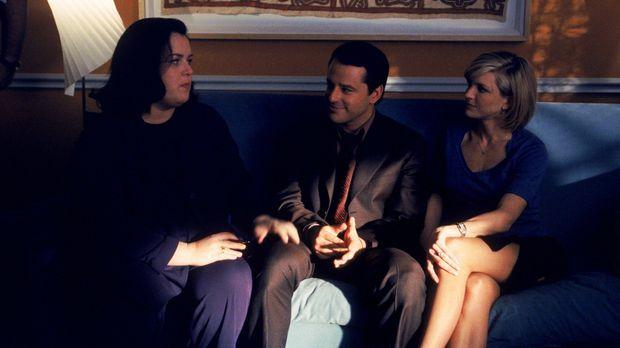 Die Eheberaterin Dr. Hooper (Rosie O`Donnell, l.) scheint nur Georgias (Court...