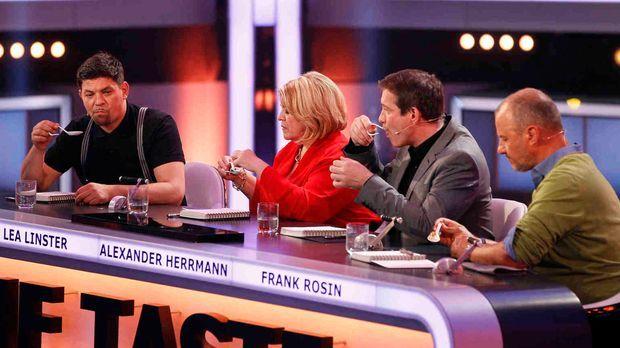 The Taste - Nur der Geschmack zählt: Tim Mälzer (l.), Frank Rosin (r.), Alexa...