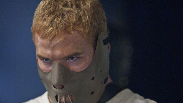 David (Kellan Lutz) bleibt nichts anderes übrig, als zehn tödliche Fights zu...