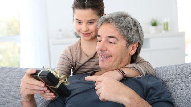 Zum Vatertag alles Gute, Papa! Aber welche Vatertagsgeschenke sind ein adäqua...