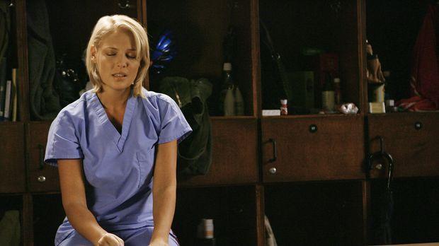 Während unter den jungen Ärzten ein Wettstreit ausbricht, wer demnächst die e...