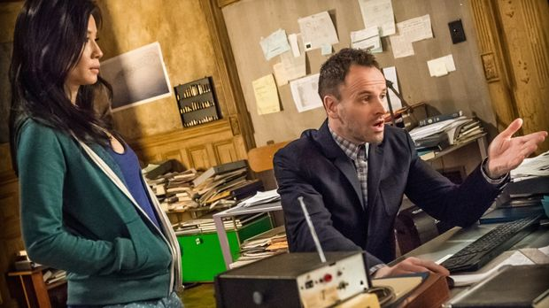 Ermitteln in einem neuen Fall: Sherlock Holmes (Jonny Lee Miller, r.) und Dr....
