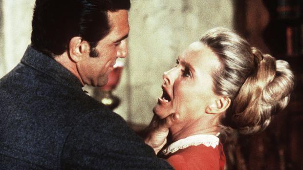Grant Carbo (Vincent Beck, l.) begehrt die verheiratete Susannah Clawson (Din...