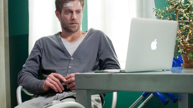 Felix (Ken Duken) ist entsetzt, als der Kriminalbeamte Wimmer ihm eine Verdäc...