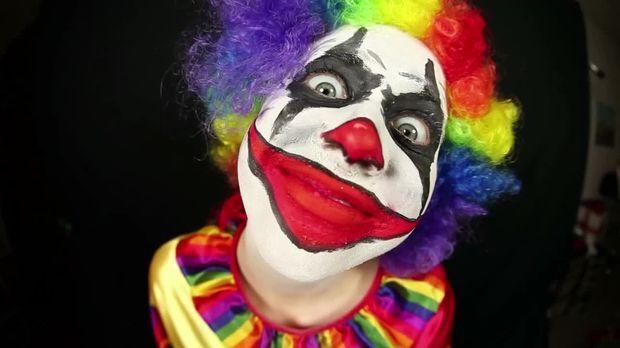 Taff - Taff - Kann Ich Mich Noch Als Clown An Halloween Verkleiden?