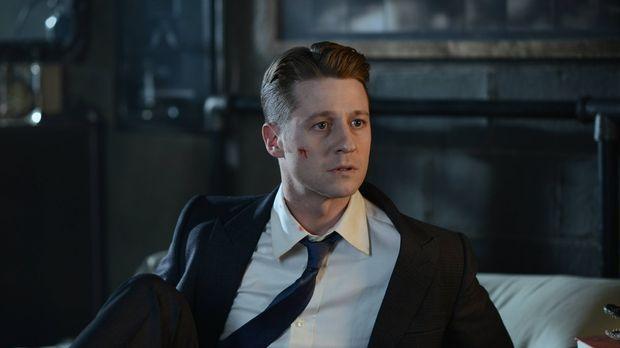 Als Bruce entführt wird, muss sich Gordon (Ben McKenzie) von ungewöhnlichen V...