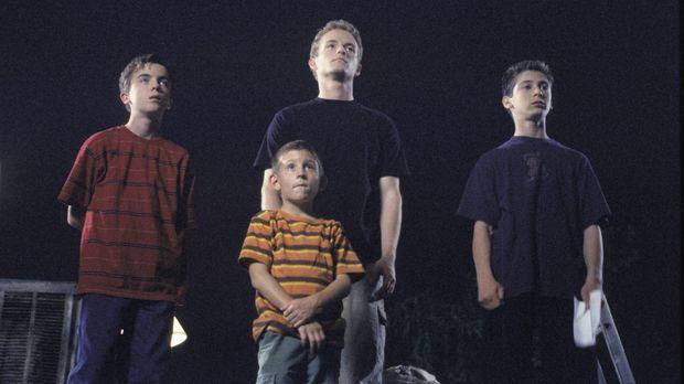 Malcolm (Frankie Muniz, l.), Reese (Justin Berfield, r.), Francis (Christophe...