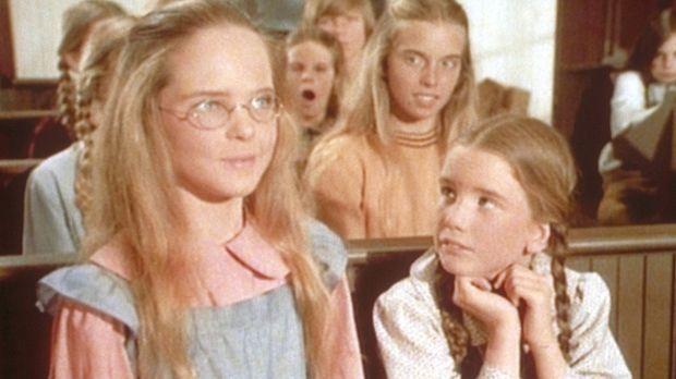 Dank ihrer neuen Brille kann Mary (Melissa Sue Anderson, l.) endlich wieder d...