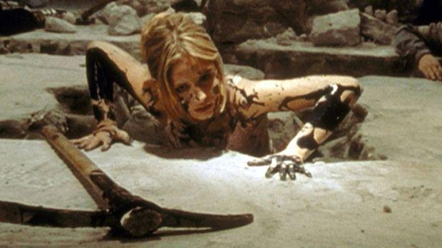 Soeben hat Buffy (Sarah Michelle Gellar) im Alleingang ein schreckliches Mons...