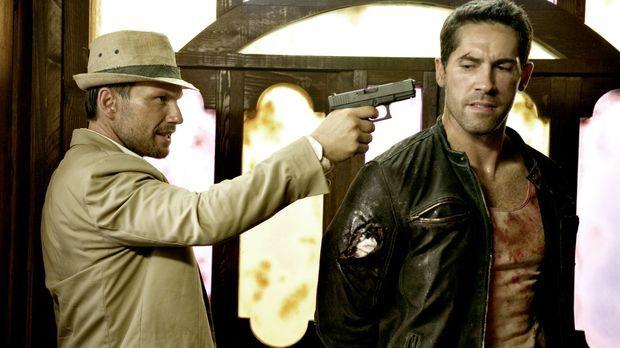 Der dubiose US-Lieutenant West (Christian Slater, l.) jagt den