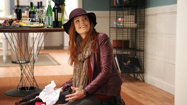 Tessa lernt an Thanksgiving endlich ihre Mutter Alex (Malin Akerman) kennen....