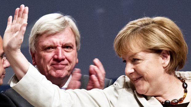 Merkel Hand © Verwendung weltweit, usage worldwide