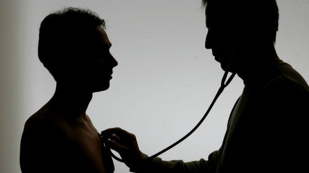 Untersuchung Arzt_dpa