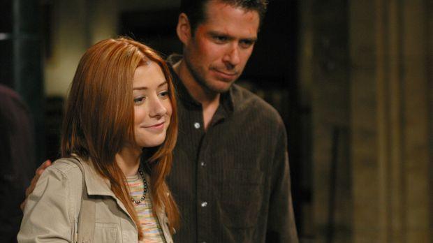 Wesley (Alexis Denisof, r.) und Willow (Alyson Hannigan, l.) wollen Angel hel...