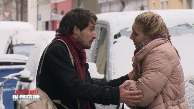 In Gefahr - In Gefahr - Ein Verhängnisvoller Moment - Staffel 2 Episode 62: Ellie - Eine Verhängnisvolle Liebe
