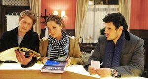 Anna Und Die Liebe - Staffel 4 Episode 903: Karrieresprünge Und Knicks