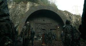 The 100 - Staffel 2 Episode 15: Verrat